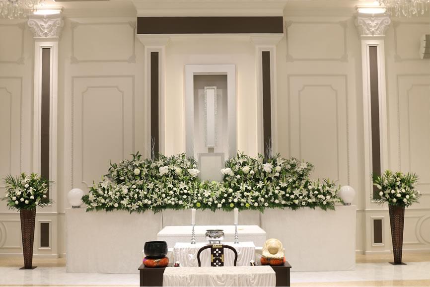 メインホール花祭壇