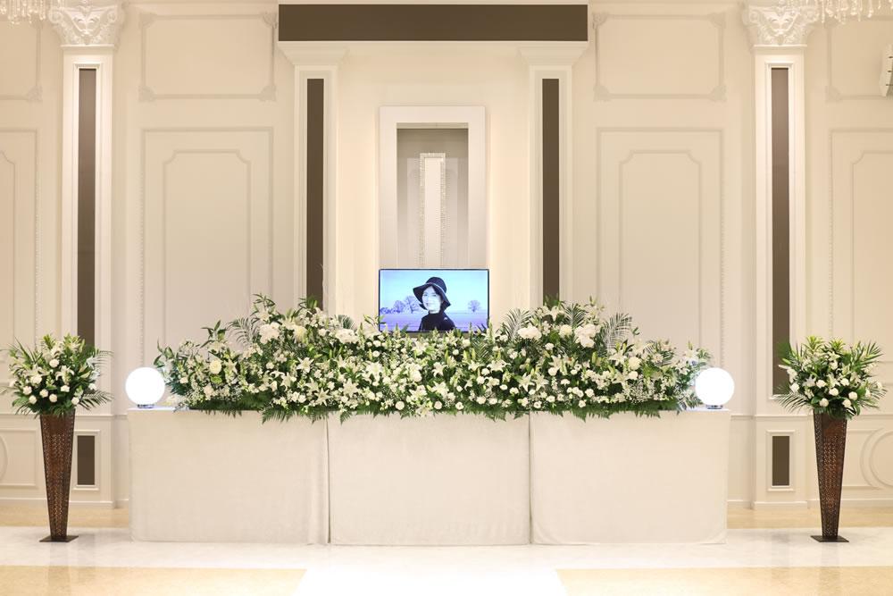 オリジナル花祭壇付おもてなしプラン1